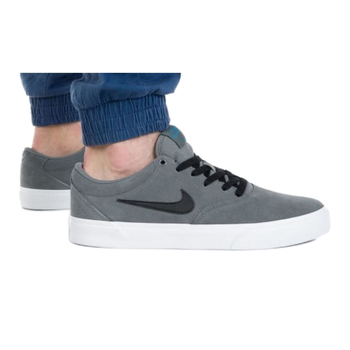 Nike Sb Charge Suede M CT3463-005 shoe grey