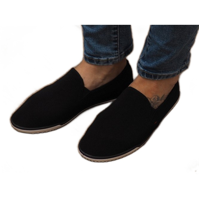 Lycra D16M Black Slip-On Sneakers