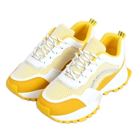 2008 Yellow white and yellow sports shoes