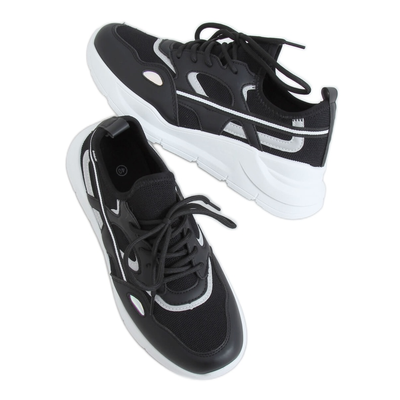 Black sports shoes B0-560 Black