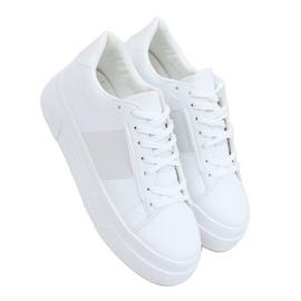 White sneakers on a high sole LA133P White