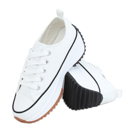 Designer sneakers with white VL138 White sole