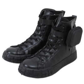 Black VL142 Black sneakers with a sachet