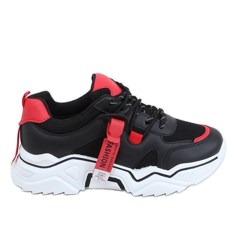 Black FF-8 Black sports shoes