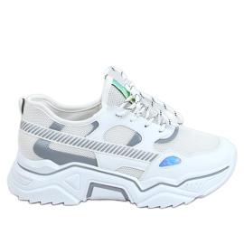 White sports shoes FF-2 White