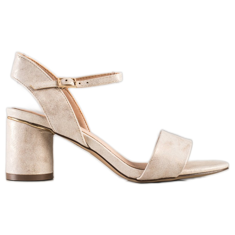 Evento Stylish sandals on a post beige golden