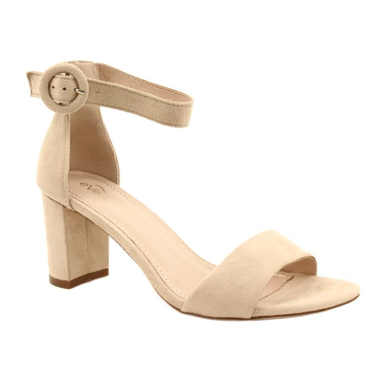 Sandals On Heel Beige Evento 20SD98-1617