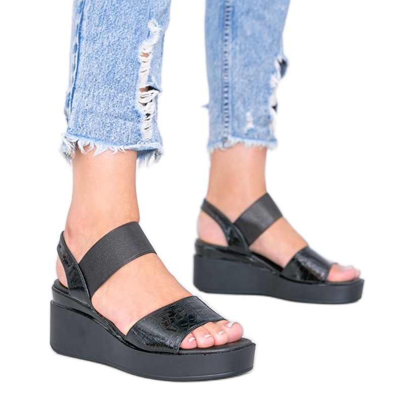Black wedge sandals from Tiffi