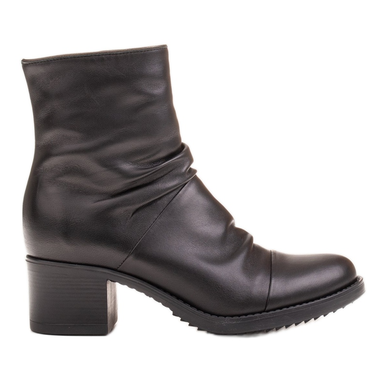 Marco Shoes Comfortable black leather boots with shirring