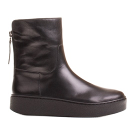 Marco Shoes Insulated sports ankle boots with a hemmed underside black