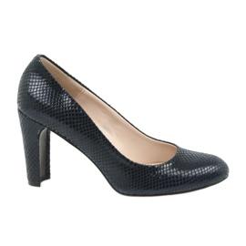 Navy Pomegranate shoes Sagan 2600