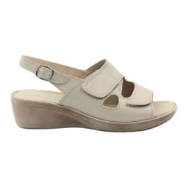 Gregors 592 beige women's sandals brown
