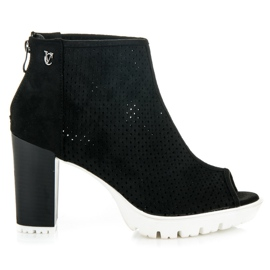 Vices Openwork Ankle Booties black