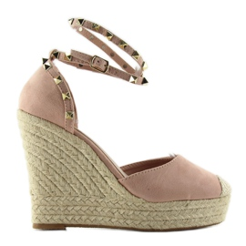 Espadrilles With Studs On The Pink Platform