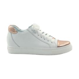 Women's sports shoes Badura white