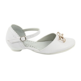 Courtesy ballerina shoes Miko 707 white