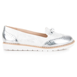 Moccasins with a bow vices white grey