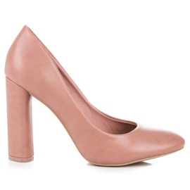 Ideal Shoes Pink pumps on the post