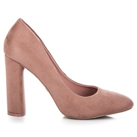 Ideal Shoes Elegant pumps on the post pink