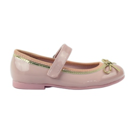 American Club Ballerinas shoes with an American bow pink