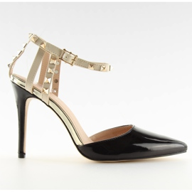 Black Pumps with studs black At
