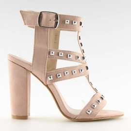 Sandals on the post with pink studs 9909-3