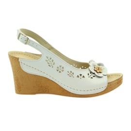 White Sandals Gregors 648