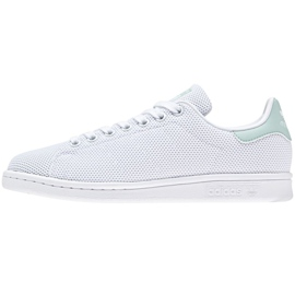 White Adidas Originals Stan Smith shoes in CQ2822