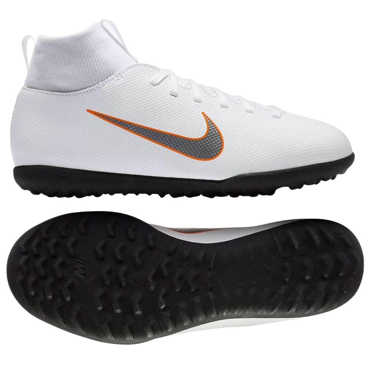 hot sale online 5c1d0 9de2a Football shoes Nike Mercurial SuperflyX 6 Club Jr AH7345-107