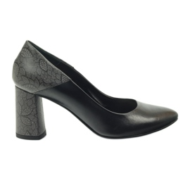 Pumps on the post Edeo 3190A black