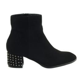 Winter boots Filippo 540 black high heels
