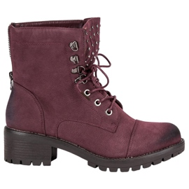The stylish VINCEZA Burgundy Workers red