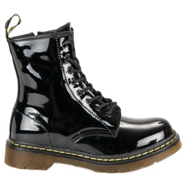 Black Lacquered MCKEY Boots