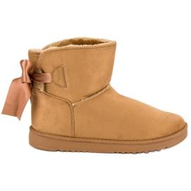 Brown Mukluki snow boots