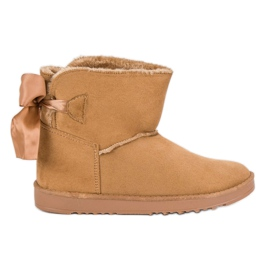 Brown Snow Boots With Rolled Up