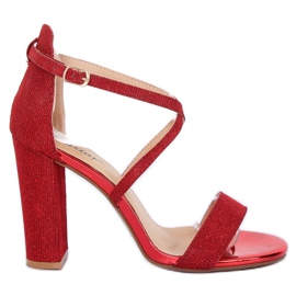 Sandals on the post red NC791 Red