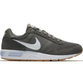 Shoes Nike Md Runner 2 ES1 M CI2232 003 green ButyModne.pl