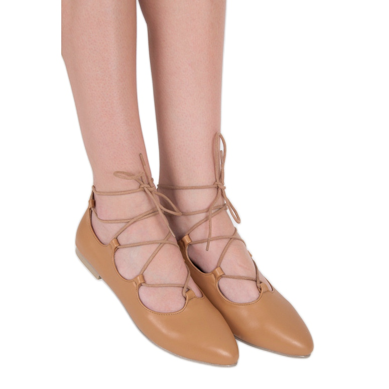 Vices Fashionable tied ballerinas brown