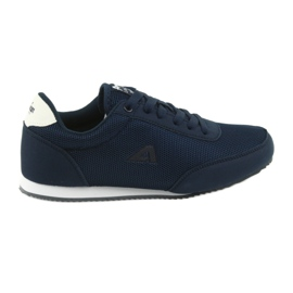 Sport-tied American Club sneakers