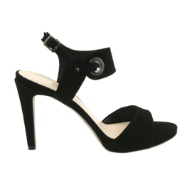 Leather sandals on a pin Edeo 3208 black