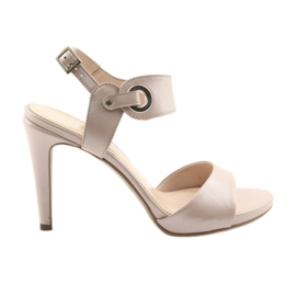 Sandals leather on a pin Edeo 3208 pink powder