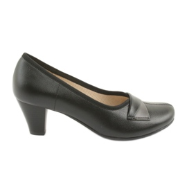 Gregors 570 women's black pumps