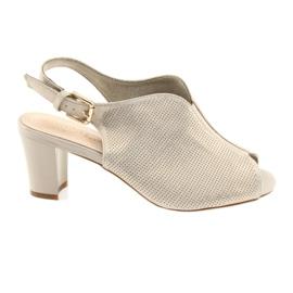Sandals on the post Sergio Leone 800