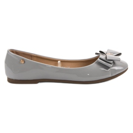 Grey Lacquered Ballerina with a VINCEZA Bow