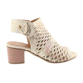 Sandals with Badura 4723 upper