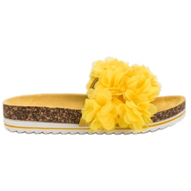 Seastar Fashionable Yellow Slippers