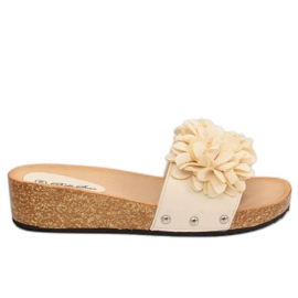 Brown Slippers with flowers beige S63 Beige