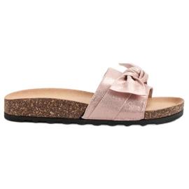 Queen Vivi pink Casual Flip Flops With Brocade