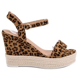 Ideal Shoes brown Stylish Sandals on Wedge