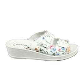 White Women's slippers Comfooty Mia Flowers wedge